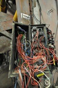 Travaux électriques et électroniques avant