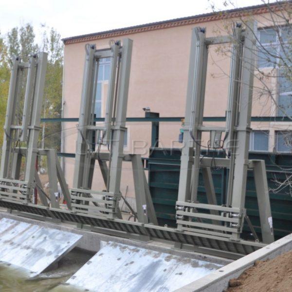 Trois dégrilleurs fixes, usine de Servies (81)