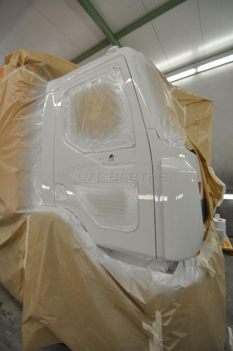 Cabine peinture poids lourd